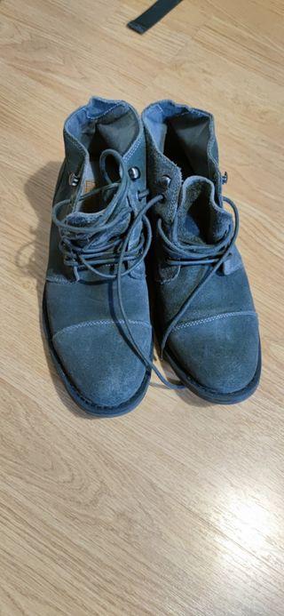 Zapato Botín Gris Azulado
