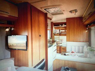 Caravana Hobby KMF 470