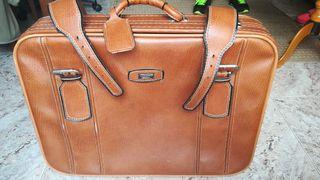 vendo maleta antigua de piel