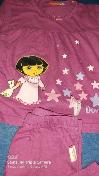 Pijama niña un usó 4 años