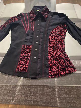 Camisa de The Save the Queen nueva