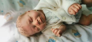 reborn bebé realista