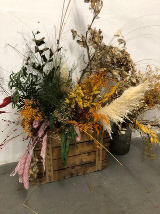 Flores secas. Por cierre de tienda