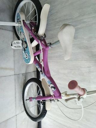Bicicleta para niñas de Nancy