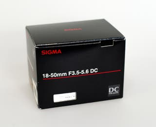 SIGMA 18-50mm F3.5-.6 DC para cámara SIGMA