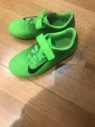 Botas fútbol Nike talla 29.5