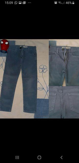 Pantalón de niño 6-7 años