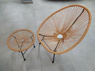 Pack de silla con mesita