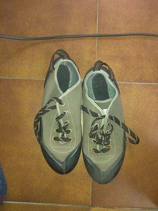 botas para escalar