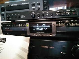 CD Philips CDR775
