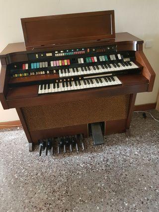 Organo Hammond Aurora