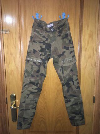 Pantalón puntillo de camuflaje talla 34