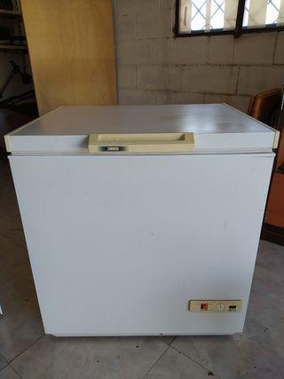 Congelador Zanussi