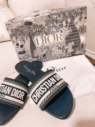 Dior sliders *various sizes*