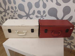 Estanterías maletas decorativas