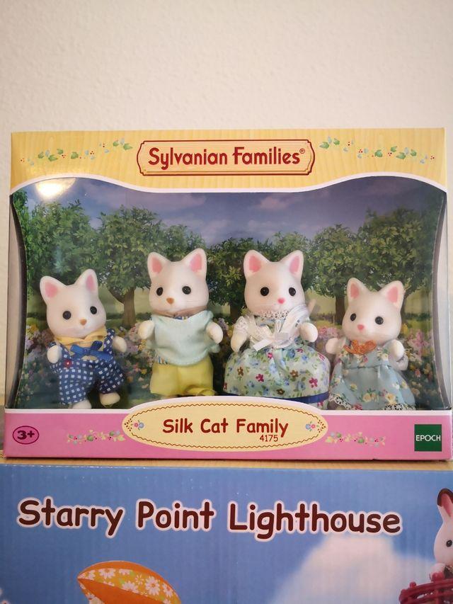 Sylvanian Families Lote Faro y Gatitos.