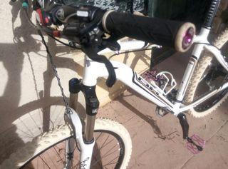 Bicicleta de montaña BH Hard tail