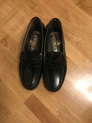 Zapatos estrenar George's 40