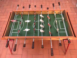 Futbolín antiguo
