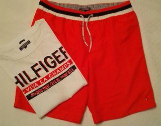 Conjunto de Camiseta y Bañador Tommy Hilfiger
