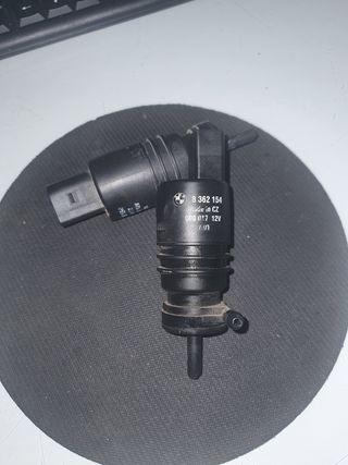 bomba limpiaparabrisas bmw