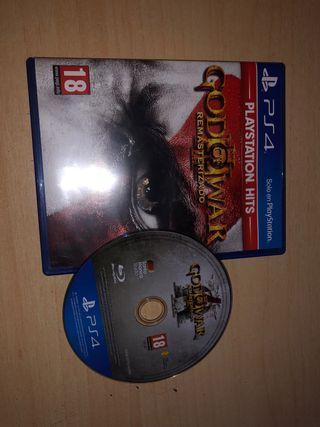 God of war remasterizado casi nuevo.