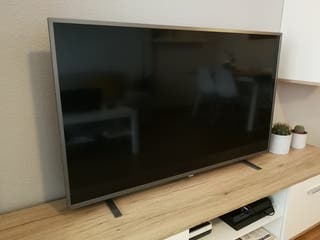 Smart TV 4K LED Ultra HD 50'' Philips 50PUS6703/12