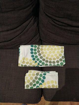 mantel cuadrado y 4 servilletas