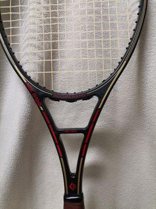 Dos raquetas.