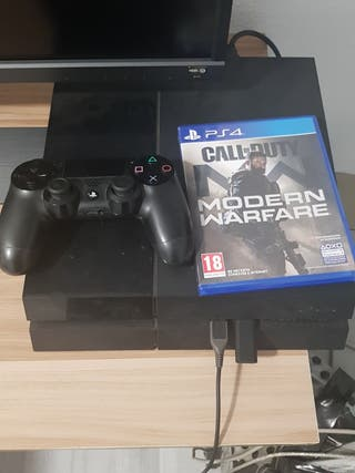 Ps4 con 2 mandos + Call of duty+ The last of us 2