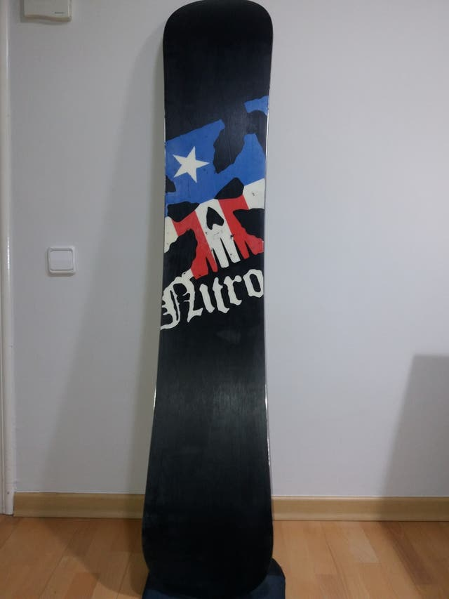 Pack tabla snow Nitro + fijaciones Burton Cartel