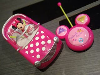 Coche Minnie Mouse radiocontrol