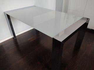 Mesa comedor y mesa de centro iguales