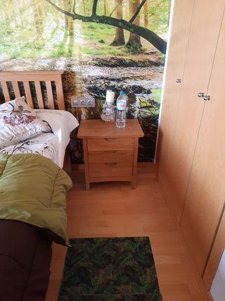 dormitorio rustico de roble natural