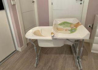 Bañera con soporte bebe