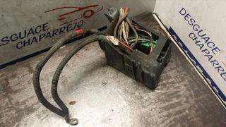 Caja reles / fusibles Peugeot 306 berlina 3/4/5 pu