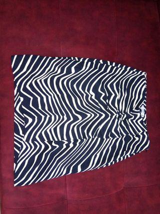 falda tipo tubo mango(talla 38)