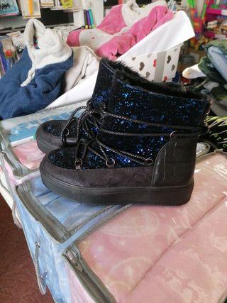 botas brillo azul