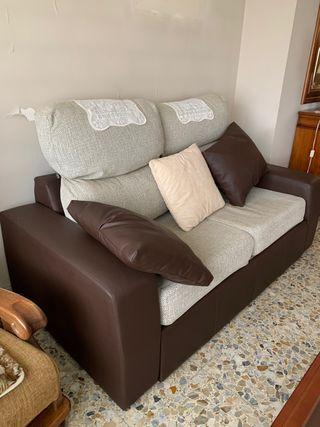 Sofa dos plazas + reposa pies