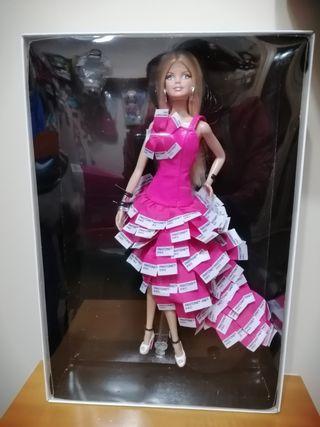 Barbie pinkin pantone