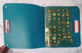Álbum con más de 90 pines