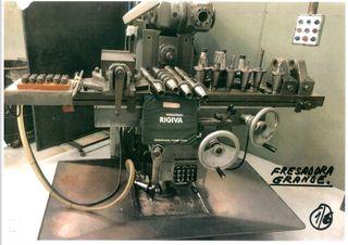 Fresadora manual ( mecanizado)