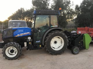 Tractor new holland t4 110N