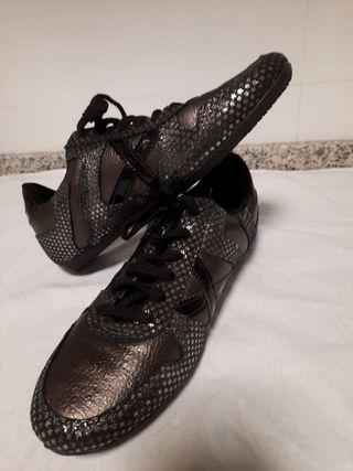 botas de futbol munich