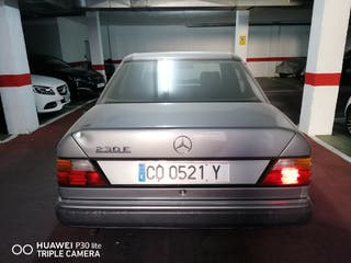 Mercedes-Benz Clase E 1990