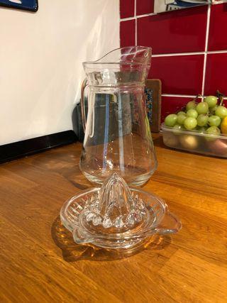 Water jug and lemon squeezer