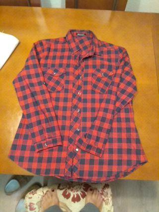 camisa de Sra. tipo leñador. talla 48