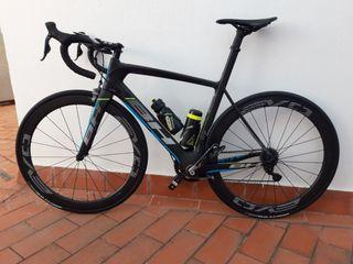 Bicicleta carretera BH G6 PRO DI2 talla M