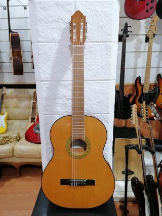Guitarra española Iguazú modelo Castellana
