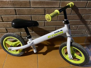 Bicicleta sense pedals/ bicicleta sin pedales